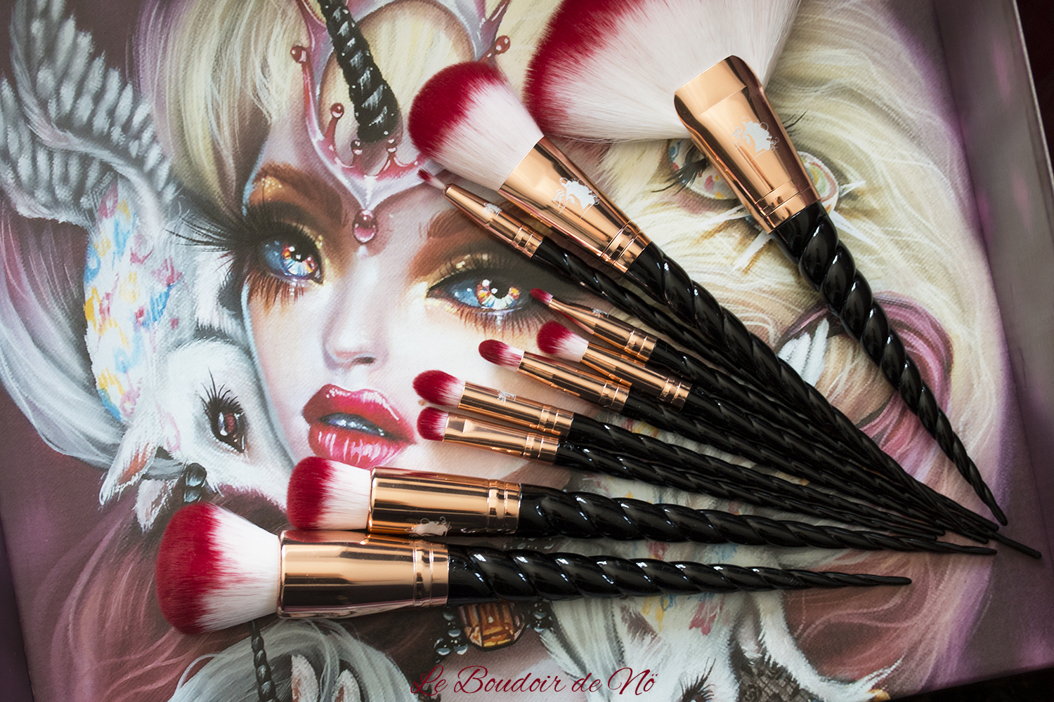 Unicorn Lashes Black Rose Gold Royal Brush Set
