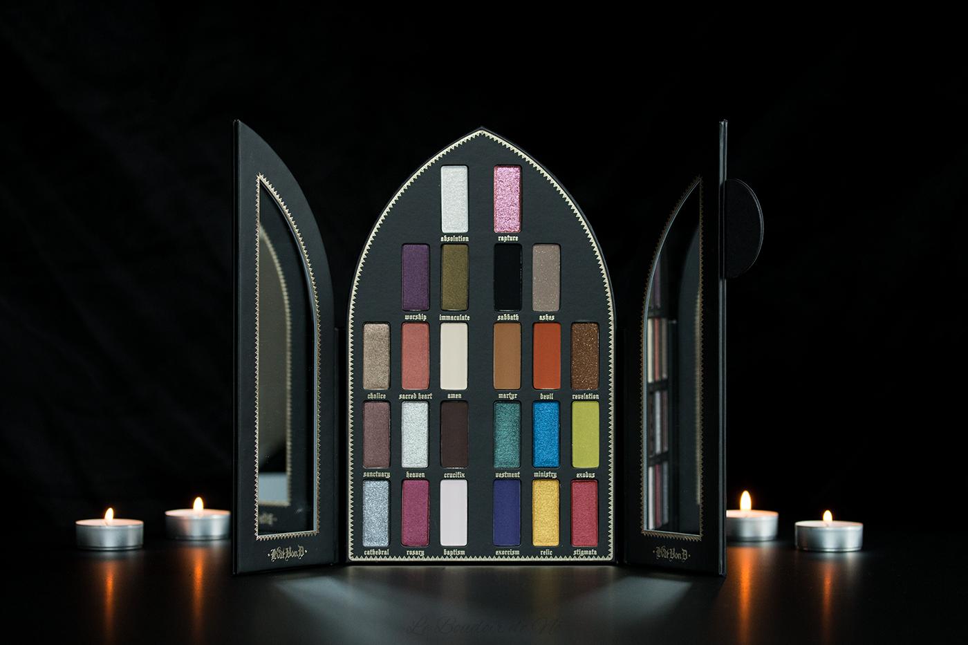 Photo de l'intérieur de la palette Saint + Sinner de Kat Von D, revue et swatchs par Nö Eelys