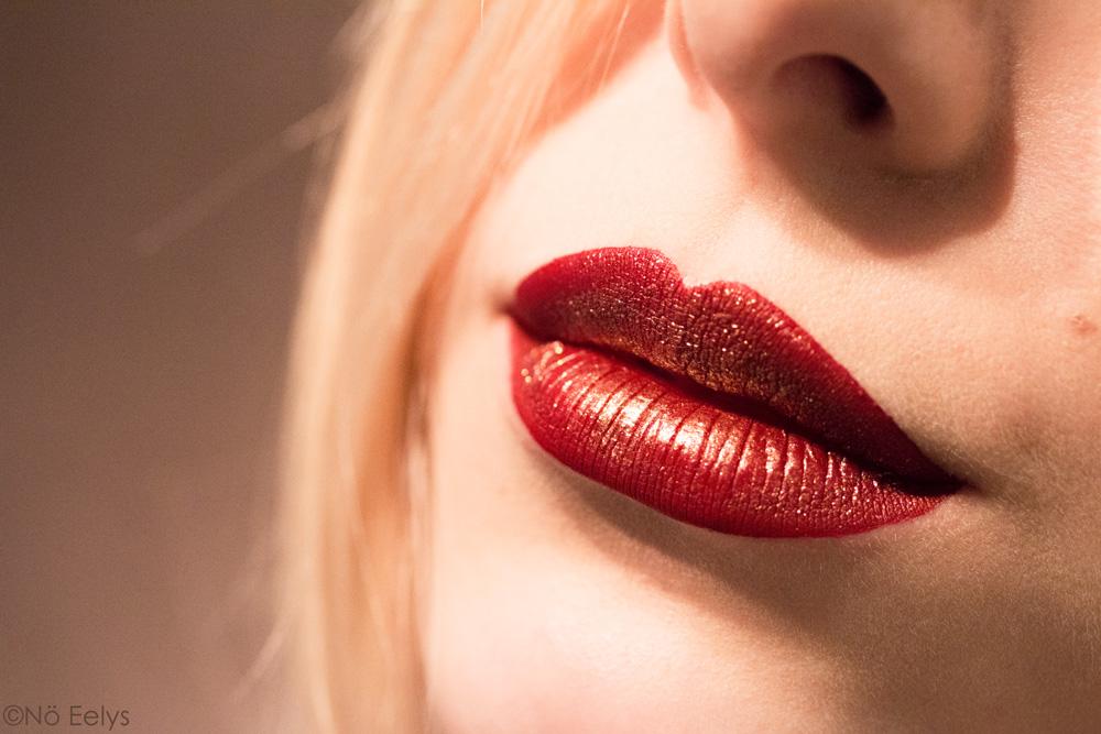 Swatch : Nahz Fur Atoo + Rocker + Thunderstruck Glimmer Veils de Kat Von D beauty