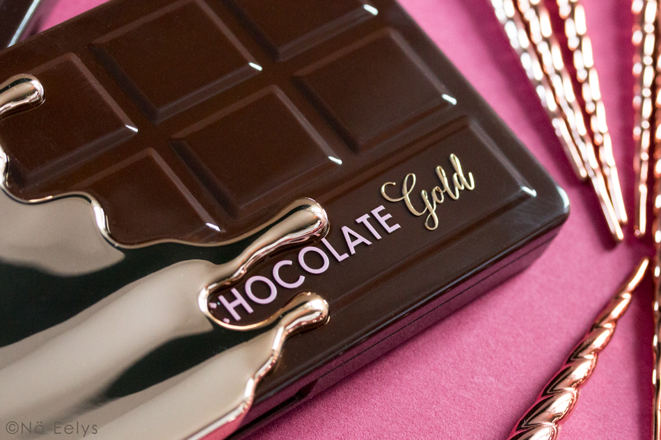 Zoom sur le packaging de la palette Chocolate Gold Too Faced : un packaging tablette de chocolat fondant
