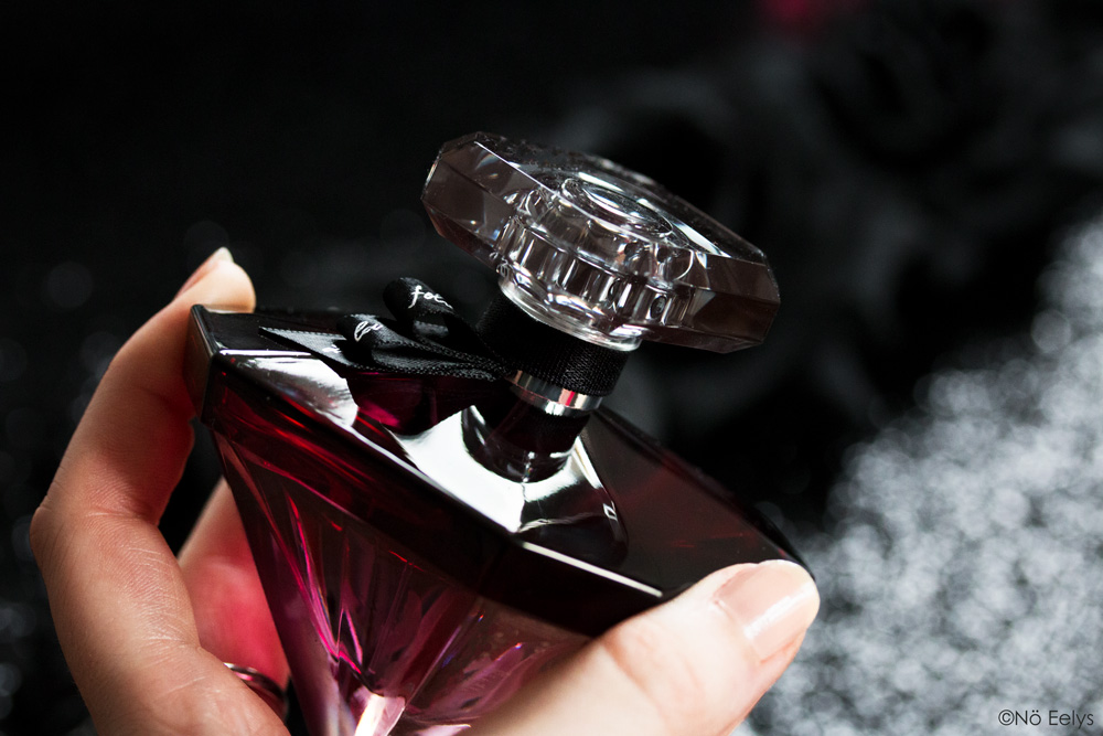 Packaging de La Nuit Trésor à la folie, eau de parfum Lancôme