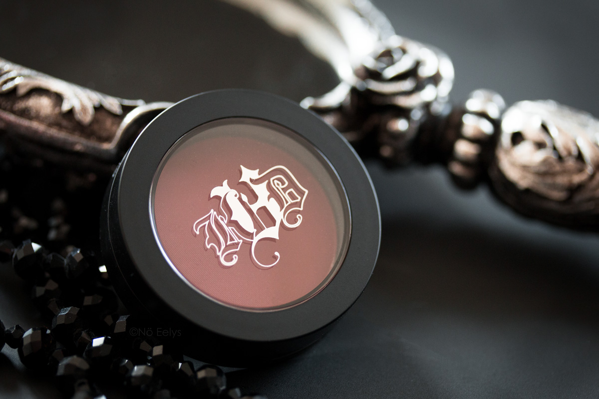 Packaging Blush Lolita, revue du coffret Lolita Obsession Kat Von D beauty