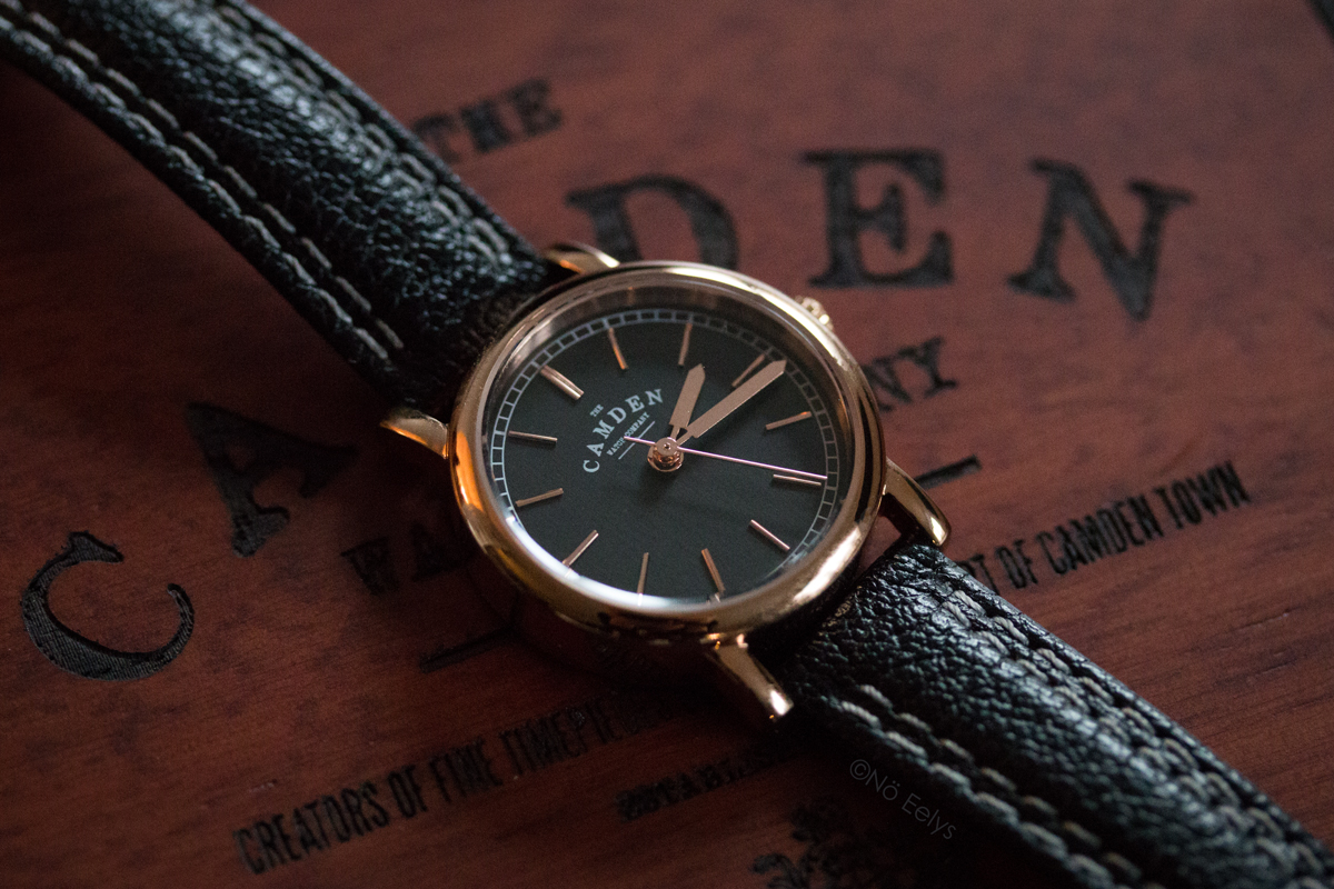 La montre No 24 Black and Rose Gold The Camden Watch Company