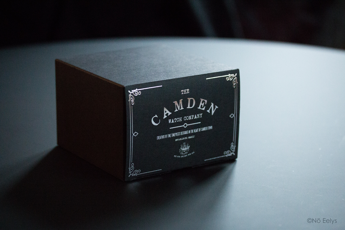 Unboxing No 29 Black and Black Automatic The Camden Watch Company (packaging)
