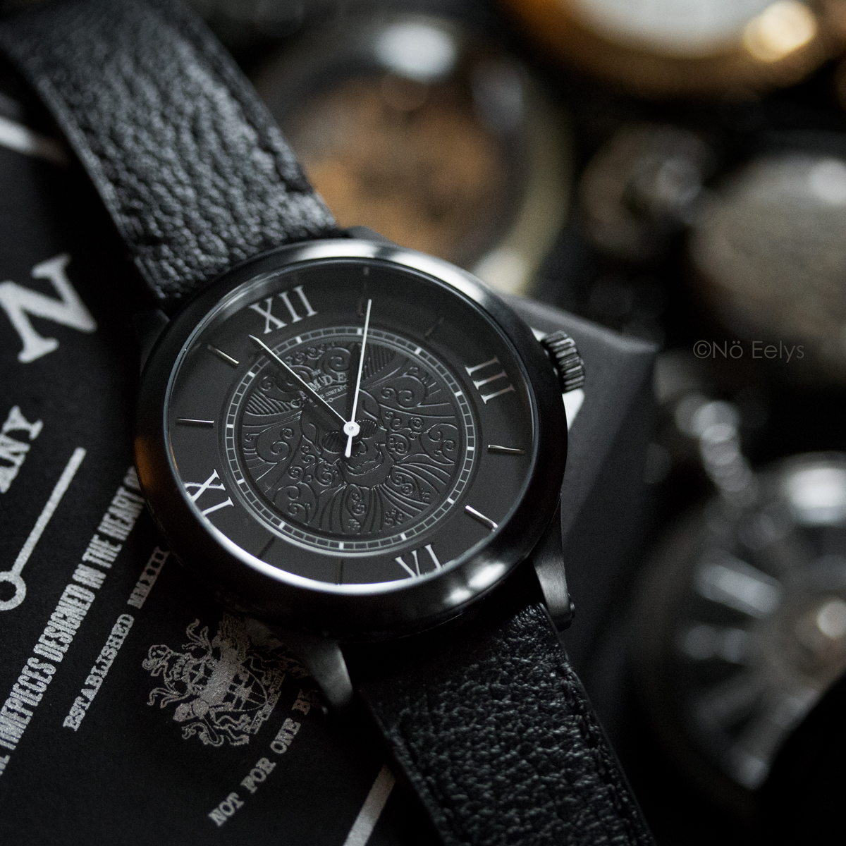 GIVEAWAY Montre gothique victorienne Memento Mori The Camden Watch company
