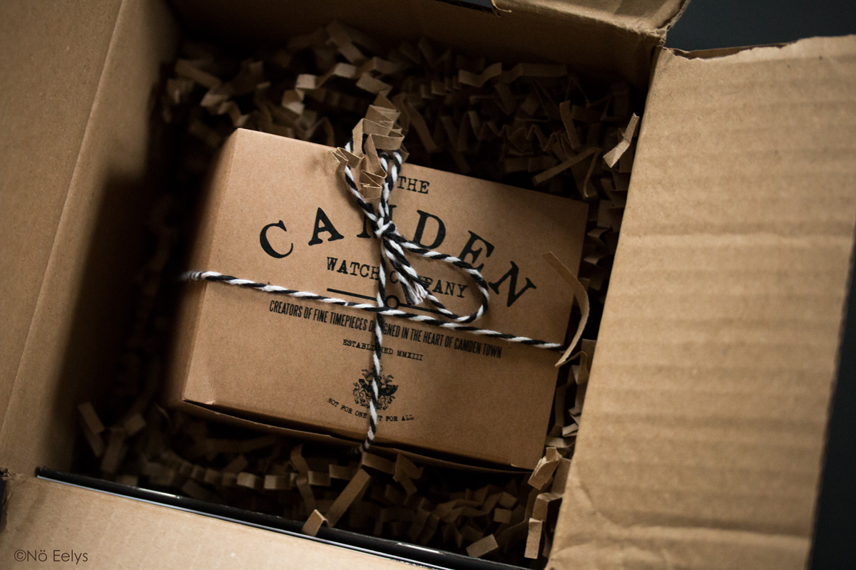Unboxing Memento Mori Camden Watch Company (packaging)