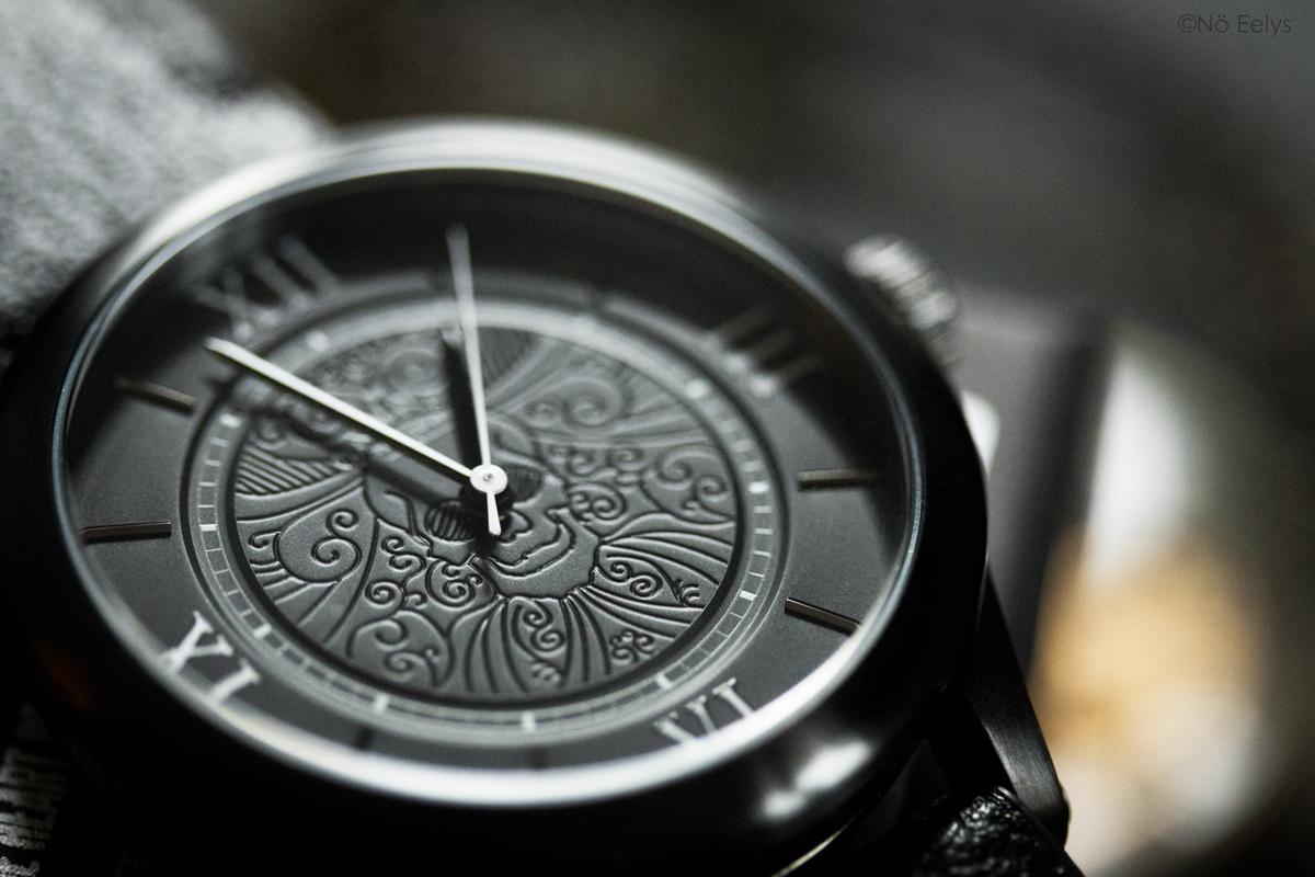 Détails du cadran de la montre Memento Mori The Camden Watch company