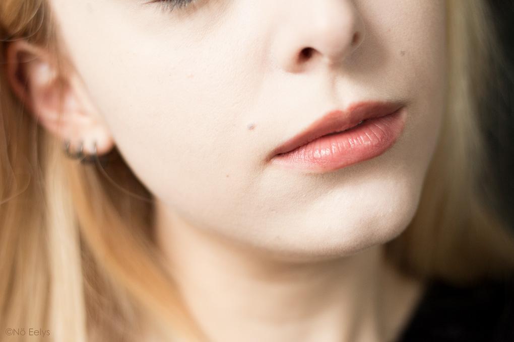 Avant-Après KVD Beauty True Portrait 006 (après)
