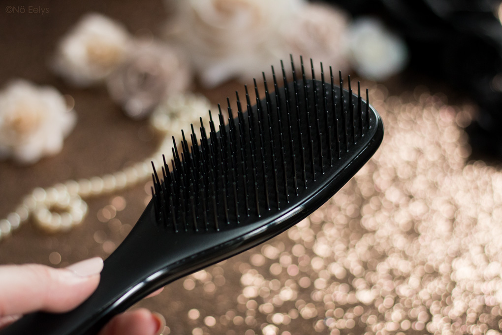 Zoom sur The Wet Detangler Black, mon avis sur la brosse spéciale cheveux mouillés Tangle Teezer