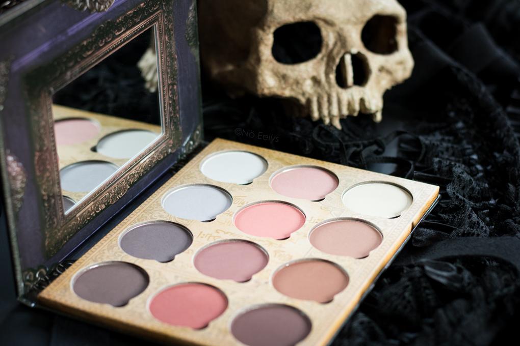 Packaging de la palette Pro Contour Book Vol 1 Lunatick Cosmetic Labs
