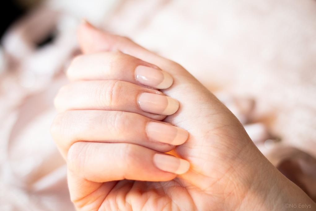 Retour sur ma cure OPI Nail Envy Color Bubble Bath avis et swatch, vernis à ongles fortifiant coloré (après 6 semaines)