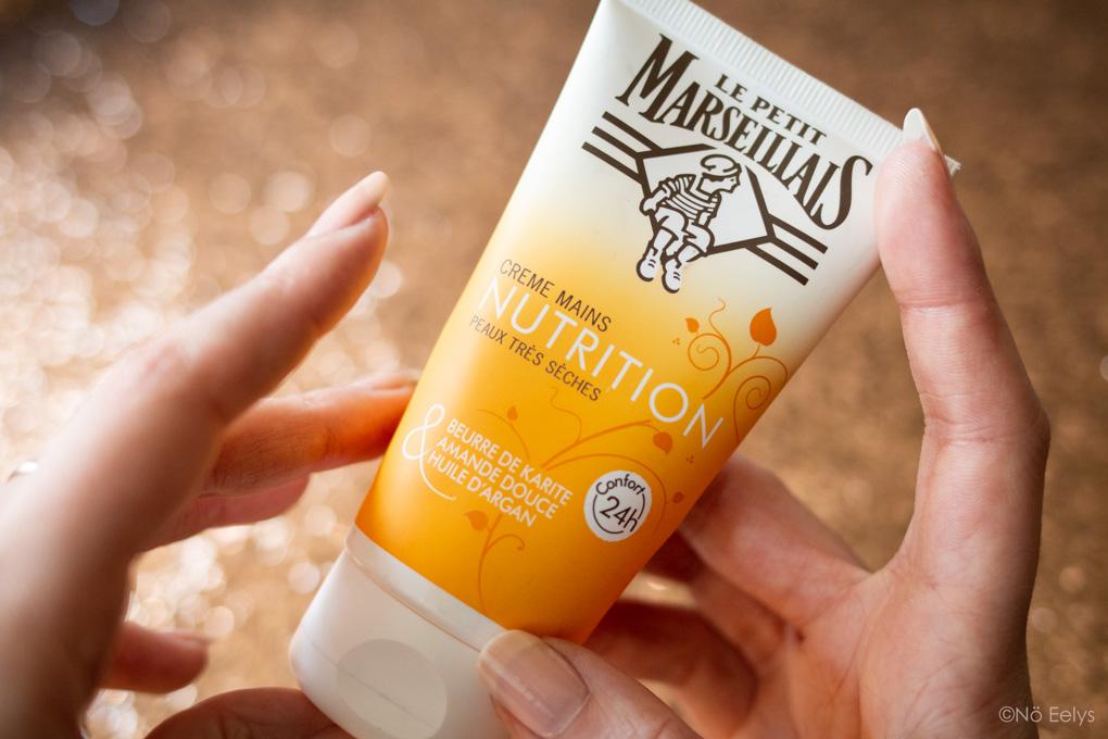Mon Avis sur la crème pour les mains Le Petit Marseillais (crème nourrissante peaux très sèches au parfum gourmand vanillé karité amande douce huile d'argan)