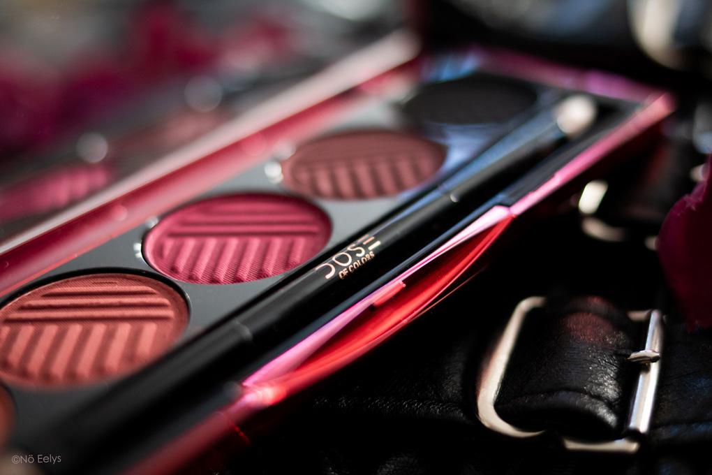 Zoom 2 sur la palette Blushing Berries Dose of Colors : revue complète avec avis, photos et swatchs