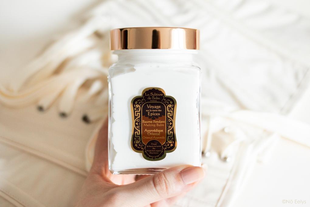 Mon Avis sur le Baume Fondant Bio Ayurvédique La Sultane de Saba, parfum Sur la Route des Epices Vanille Ambre Patchouli (revue complète, zoom sur le packaging)