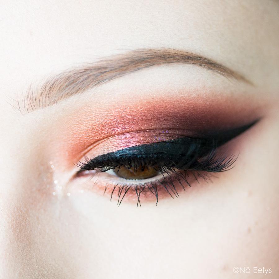 Idée de maquillage automnal avec la palette Phoenix Rising Pretty Vulgar (maquillage automne gothique et cruelty-free)