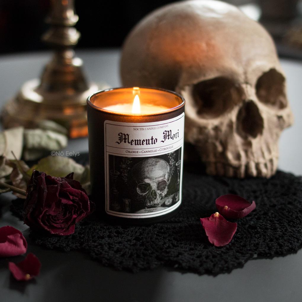 Mon avis sur la bougie Memento Mori Noctis Candle Company (bougies gothiques vegan et cruelty-free)