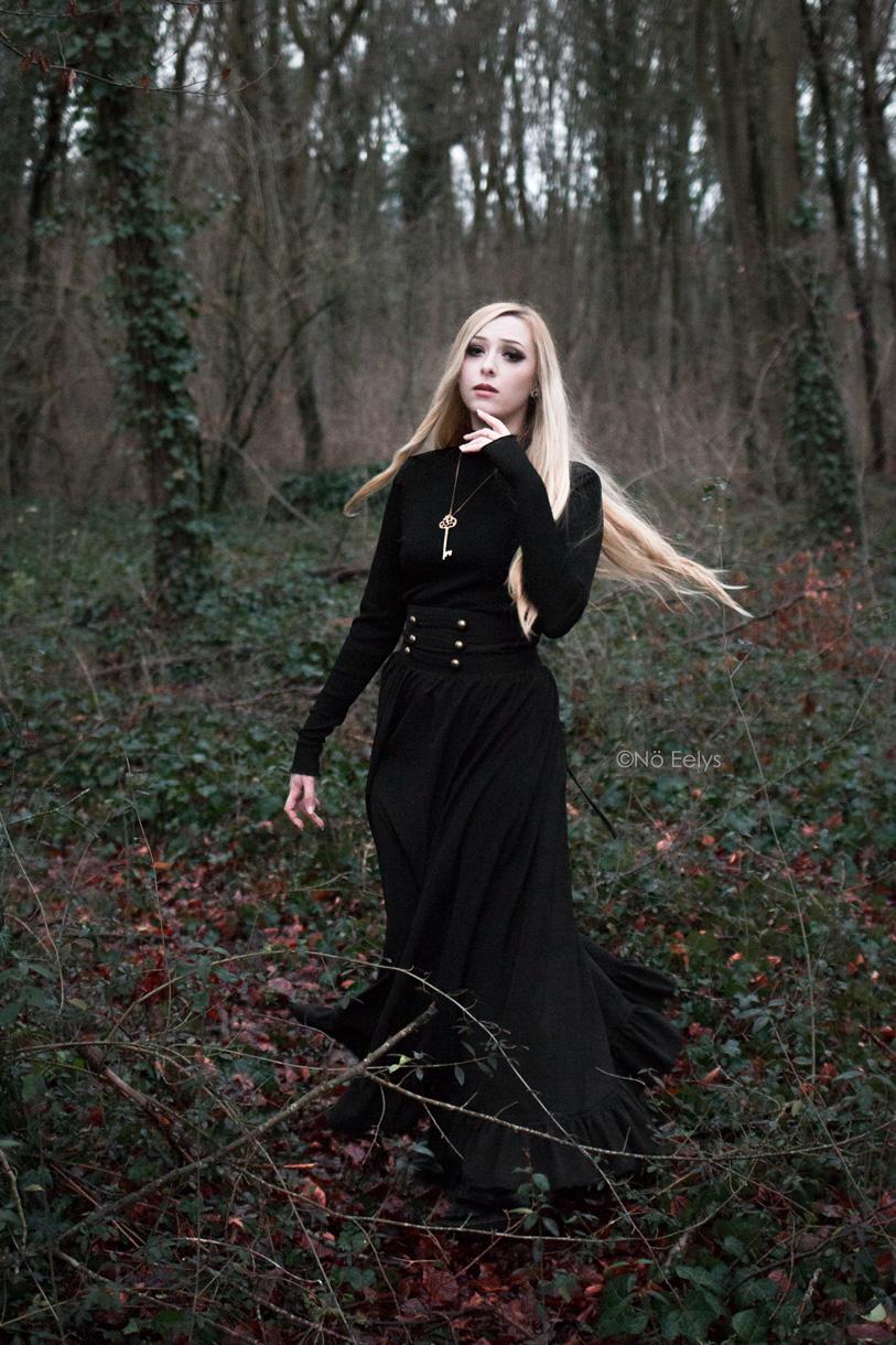 Blog mode gothique par Nö Eelys, jupe Scarlet Darkness
